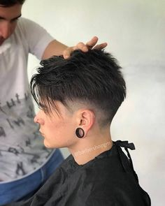 ✔ Hairstyles Short Videos Tomboy Best Picture For edgy tomboy f Tomboy Hairstyles, Asian Men Hairstyle, Cool Hairstyles For Men, Hairstyles Haircuts, Haircuts For Men, Braided Hairstyles, Fashion Hairstyles, Short Hair Undercut, Short Hair Cuts