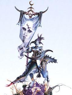 Slaanesh Godlen Demon Winner    (Golden Demon winners review :-   http://whfm.blogspot.co.uk/2011/06/golden-demon-award-winners-website.html)