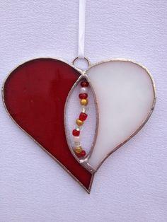٠•●●♥♥❤ஜ۩۞۩ஜஜ۩۞۩ஜ❤♥♥●  Stained Glass Ornament Red and White Heart with by MamaAgees  ٠•●●♥♥❤ஜ۩۞۩ஜஜ۩۞۩ஜ❤♥♥●
