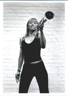 On Tuesday, April Saskia Laroo performs a jazz concert with her quartet, Jazzkia, at Jazzclub Casablanca in Amsterdam. Jazz Concert, All That Jazz, Jazz Music, Casablanca, Washington Dc, Amsterdam, Tuesday, Live, Board