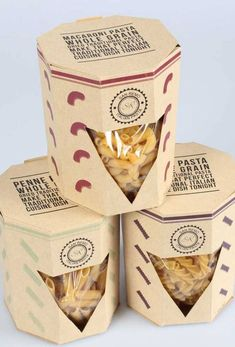 25 creative examples of pasta packaging Inspire We Trust You are in the right place about biscuits decorated Here we offer you the most beautiful p Popcorn Packaging, Packaging Snack, Organic Packaging, Beer Packaging, Brand Packaging, Packaging Ideas, Food Branding, Food Packaging Design, Packaging Biscuits