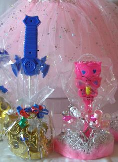 Best Princess Party Favors for Girls and Boys. Shop at My Princess Party to Go. http://www.myprincesspartytogo.com/Boysdressup.html #princesspartyfavors