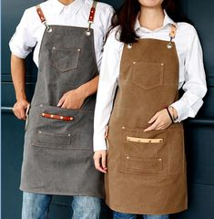 Kellner Uniform, Shop Apron, Custom Aprons, Girls Showing Off, Gardening Apron, Apron Pockets, Kitchen Aprons, Chef Kitchen, Barbacoa
