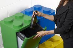 Deze Lego-prullenbak is ontworpen door het Italiaanse design-bureau Flussocreative