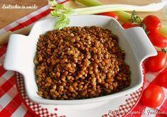 Le lenticchie in umido sono un contorno saporito che ben sia adatta ad ogni pietanza.Una ricetta gustosa e molto facile d realizzare.