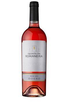 Quinta da Romaneira Rosé Douro 2013 Este Rosé foi produzido por prensagem directa das uvas, pelo que não se trata de um rosé de sangria. Este processo permitiu vinificar as uvas no momento exacto de modo a produzir um vinho com equilíbrio, frescura e fruta bastante marcada. É um excelente vinho para aperitivo ou para servir num churrasco de Verão.