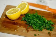 Remediu naturist cu patrunjel si lamaie pentru scaderea colesterolului si a trigliceridelor