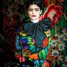 Homenaje Frida Kalho bu Susanne Bisovski