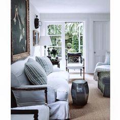 Wednesday inspiration from Tumblr. #fleaingfrance  •.  .•.  .•.  #brocante #antique #fleamarket #vintage  #ビンテージ  #フレンチアンティーク  #ブロカント  #フランス  #シャビーシック  #decor #european #home #inspiration #livingroom #linen #french #frenchstyle #interiordesign #decoration