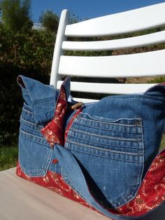 If we make bags, use lavender handkerchief fabric with it.