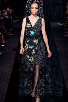 Diane von Furstenberg Fall 2015 Ready-to-Wear Fashion Show: Complete Collection - Style.com
