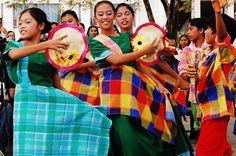 Traditional Dress of Philippines:Barong Tagalog & Baro at Saya