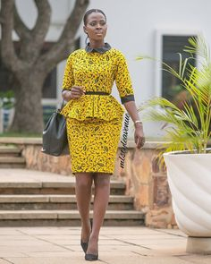 Latest african fashion outfits looks 6244 Latest African Fashion Dresses, African Dresses For Women, African Print Fashion, Africa Fashion, African Attire, African Women, African Prints, Fashion Prints, Ankara Rock