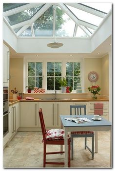 Awesome Roof Lantern Extension Ideas - The Urban Interior Style At Home, Glass Extension, Extension Ideas, Conservatory Kitchen, Kitchen Orangery, Conservatory Roof, Interior Exterior, Interior Design, Orangery Extension