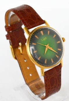 Men's Deluxe Watch Vintage Collectibles 1960s USSR #Luch #Luxury #Gold #watch #gifthim #forhim #vintage #fathersday