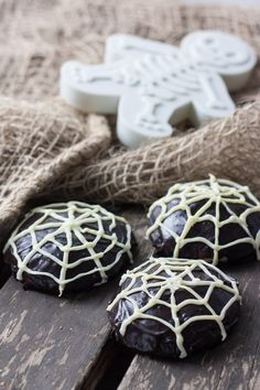 Black & White Cookies for Halloween