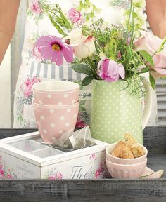 pink and green polka dots ~ fun Spring Time, Spring Summer, Pastel Kitchen, Latte Cups, Pip Studio, Pretty Pastel, Candy Colors, Cottage Chic, Cath Kidston