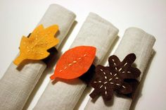More cute felt napkin rings for Thanksgiving...this one should be easy enough for G