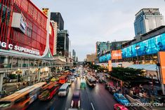 Bangkok is awesome for shopping with its many fantastic shopping malls and markets. Check out this shopping guide to Bangkok with all the best places to go shopping in Bangkok! Bangkok Travel Guide, Laos Travel, Thailand Travel, Great Places, Places To Go, Go Shopping, Shopping Malls, Beach Trip