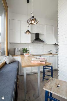 Prostota i Piękno - Mała zamknięta wąska kuchnia jednorzędowa, styl eklektyczny - zdjęcie od EG projekt
