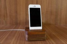 DODOcase Charging Nest Charging Station for iPhone 6 and 6 Plus