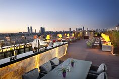 From a Miami beach lounge to a treehouse in France, via an incredible swim-up bar, 10 of the world's most glamorous places for a cocktail. Outdoor Restaurant Design, Rooftop Restaurant, Restaurant Interior Design, Rooftop Terrace Design, Rooftop Lounge, Rooftop Bar, Roof Top Cafe, Resorts, Bar Counter Design