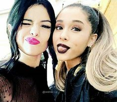Selena Gomez and Ariana Grande and lipstick Ariana Grande Selena Gomez, Bae, Star Wars, Marie Gomez, Dangerous Woman, Best Friend Goals, Shows, Celebs, Celebrities
