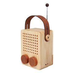 Le Shop is a gift shop and a graphic design studio in Vienna, Austria. Audio, Little Nice Things, Wooden Speakers, Lampe Gras, Radio Design, Smart Box, Le Shop, Retro Radios, Antique Radio