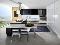 Lacquered fitted kitchen with island ROMA by Biefbi | design Fred Allison