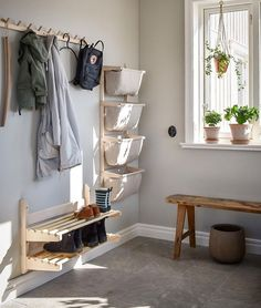 Discover recipes, home ideas, style inspiration and other ideas to try. Mudroom Cubbies, Hallway Storage, Hallway Inspiration, Interior Inspiration, Home Entrance Decor, Home Decor, Stairs And Doors, Hall Interior, Entry Hallway