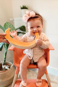 Sweet like 🍈 📸: eliftanceken This little cuties smile is just as bright as her Stokke Clikk High Chair in Sunny Coral. Bring in the summer vibe with our range of bright color variations of our Stokke Clikk High Chair!   #BabyFurniture #BabyRegistry #BabyGoods #HighChair #BabyShowerGifts Used Strollers, Clover Green, Smooth Lines, Kids Branding, Chairs For Sale, Baby Furniture, Summer Baby, Baby Registry, Baby Essentials