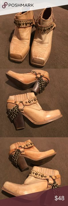 Jeffery Campbell Gene ankle boots Jeffery Campbell Gene ankle boots with chains with normal wear on leather some fading from use super cute rocker chic Jeffrey Campbell Shoes Ankle Boots & Booties