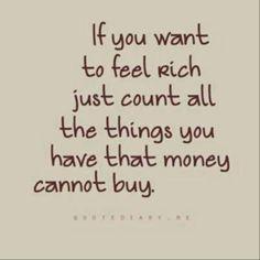 De mooiste en waardevolste dingen in het leven kun je gelukkig niet kopen en daarom zijn ze ook zo ontzettend mooi en fijn om te ervaren en te onthouden. Geld heeft hier helemaal niets mee te maken.
