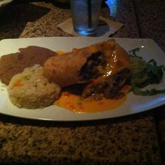 Enjoying dinner with friends.  #PhotoOfTheDay #PicOfTheDay #Instagood #InstaDaily #InstaMood #BestOfTheDay #Selfie #Friends #Food #Foodie #Foodspotting #Chimichanga Glorias #ATX #Austin #Texas #Motivation #Inspiration #Success  #PREINFunding #RealEstate #RealEstateInvestor #Business #Entrepreneur #Wealth  #Dream #Big #Winning #BeastMode