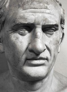 """Marco Túlio Cícero. Grande pensador orador, advogado e político romano. Foi um jusnaturalista por excelência. Muitos aprendizados em seu compêndio de ética, """"De offiiciis"""" - Os deveres"""