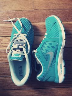 In love with this color!!! #Nike #DualFusion