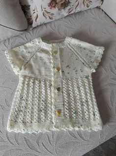 (notitle) – Ayse Tunc – Join the world of pin Baby Knitting Patterns, Lace Knitting, Knitting Designs, Crochet Designs, Filet Crochet, Knit Crochet, Clothing Tags, Baby Sweaters, Crochet For Kids