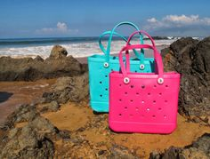 Bogg bags in Hawaii!  #boggbag #bestbeachbagever #hawaii #summer2014 #musthave #solescapes #mominvented #beach