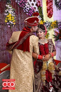 Special Packages For Pre -Wedding, Wedding Photography & Wedding Photoshoot. Indian Bride Photography Poses, Wedding Couple Poses Photography, Wedding Poses, Wedding Photoshoot, Indian Bridal Photos, Indian Bridal Outfits, Bride Groom Poses, Indian Wedding Bride, Best Wedding Photographers