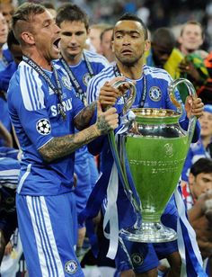 Meireles - Bosingwa Chelsea Football Team, Fc Chelsea, Uefa Champions League, Love Affair, Football Players, World Football, Soccer Players
