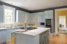 Inspiring L Shaped Kitchen Layout Ideas Kitchen Inspirations, Kitchen Trends, Kitchen Plans, Kitchen Decor, Kitchen Island Design, Home Kitchens, Kitchen Trends 2016, Kitchen Layout, Modern Kitchen Design
