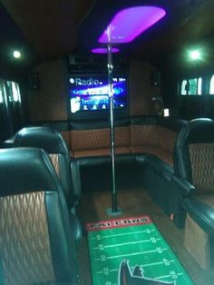 Velvet Breeze Party Bus for rent, up to 11 passengers. Party Bus For Atlanta, Lowest price, best experience. Available for weddings, birthdays, proms... Hummer Limo, Party Bus Rental, Breeze, Atlanta, Birthdays, Velvet, Weddings, Anniversaries, Bodas