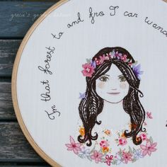 This embroidery is amazingly pretty! Wouldn't it be awesome to embroider pictures of your friends and give them as a gift?