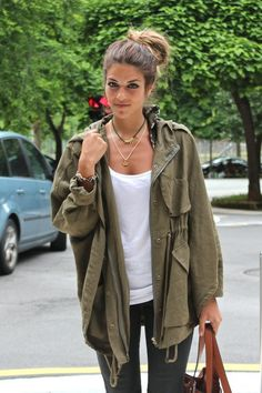 Parka Look - Street Style, love the oversized jacket and hair bun..