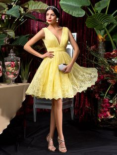 Knee-length Lace Bridesmaid Dress - Daffodil Plus Sizes / Petite A-line V-neck - USD $89.99