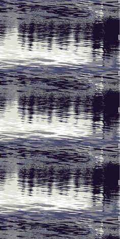 """""""Kymmenien tuhansien järvien maassa kauneimpia kesän tuntemuksia on auringon nousu ja lasku liplattavan järven pintaan heijastuen. Näkymän äärellä viihtyy tuntikausia."""" - Markku Piri   Kuosi: Heijastus   Eurokangas"""