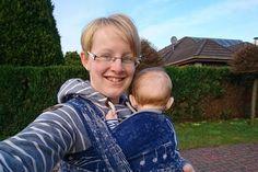 Wiebke wusste schon in der Schwangerschaft, dass sie tragen möchte. Und irgendwann hatte sie auch nicht mehr nur eine Tragehilfe...
