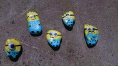 Stenen beschilderen - Verschrikkelijke ikke minions (met oogjes)