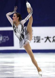 今季シニアにデビューしたアリーナ・ザギトワ。美少女選手として注目を集めているだけでなく、ロシアの平昌五輪候補にも挙げられている(AP)