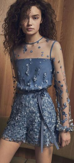 fashion for women clothes decor supplies decorations king musical crystals the musical tips products Cute Dresses, Beautiful Dresses, Short Dresses, Dresses Dresses, Couture Fashion, Runway Fashion, Womens Fashion, Ladies Fashion, Look Fashion